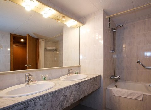Our hotel offers large and elegant bathrooms